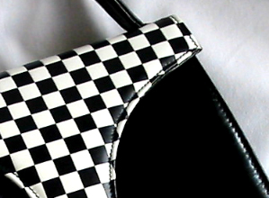 Kidskin leather for each handbag of our collection, Rita Azzellini offers you an exclusive collection of fine leather fashion handbags, vip chess collection very elegant, prestigious and high qualitative handbags, perfectly well-finished and exclusively hand-made by our experienced italian craftsmen to satisfy all our customers, also the most exacting and sophisticated people. we use for each handbag a very soft kidskin leather, treated and made in Italy. This type of leather guarantee an elegant finished ladies handbag crafted. Our collection designed and created from exquisite kid skin leather features a stunning design to VIP women, for elegant women and to support Boutiques and luxury handbags distributors round the world